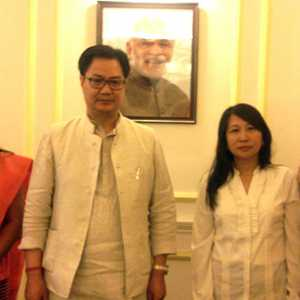 Binalakshmi Nepram along with other NE Community Leaders met Union Minister of State for Home Affairs Kiren Rijiju